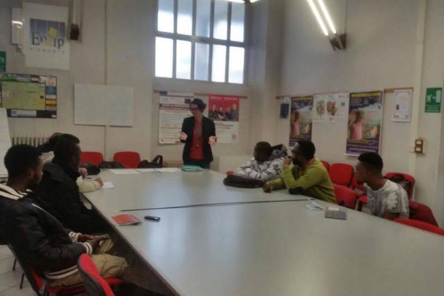 Rifugiati e richiedenti asilo in aula con Bee My Job 2.0 e Iniziativa Lavoro